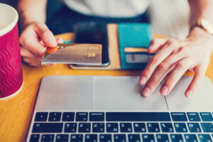 10 Common Credit Card Mistakes to Avoid