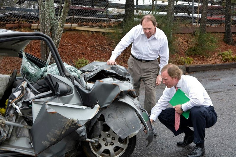 What Are The Advantages Of Hiring Any Accident Attorneys