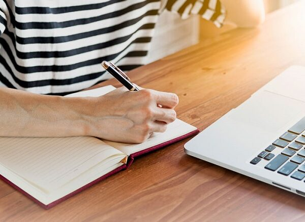 What Are The Essential Factors To Consider When Hiring An Essay Writing Service Provider