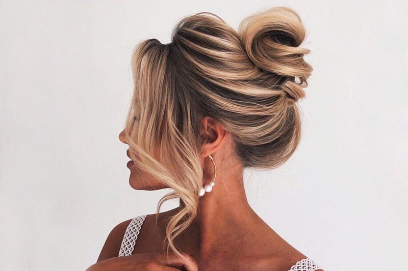 What Are The Tips To Consider For Great Bridal Hair Styles