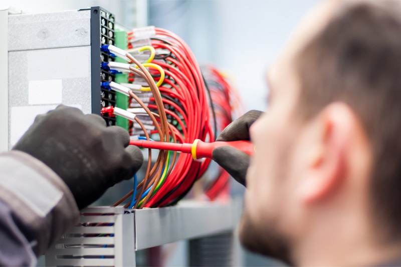 What Are The Benefits Of Hiring Professional Electricians