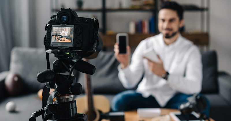 How Does Live Video Streaming Help Ecommerce What Are Some Key Benefits