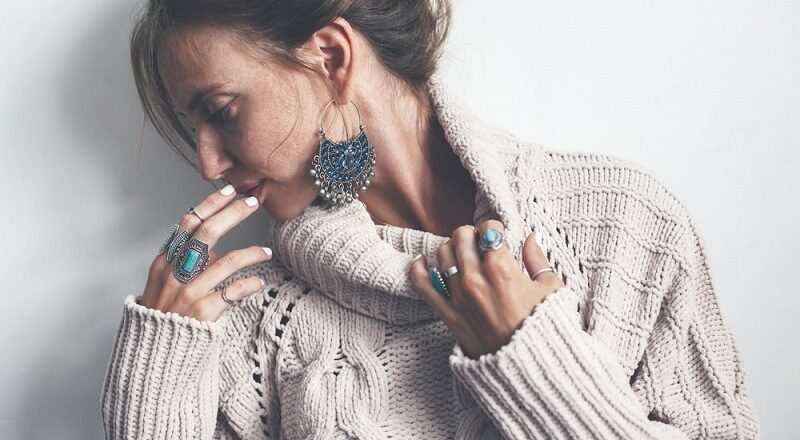 Tips For Wearing Accessories That You Need To Consider